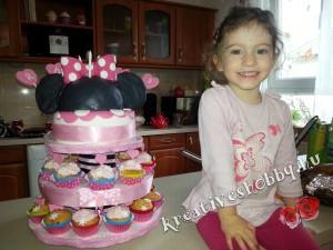 Róza (2011-2015) utolsó emeletes Minnie egér-tortája. R.I.P