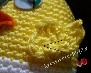 Horgolt tojáscsibe: a szárnyak