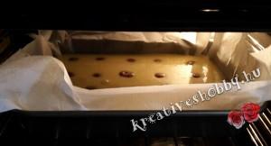 Gluténmentes kevert süti: megsütjük a tésztát