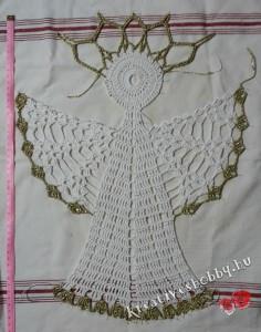 Nagy horgolt angyal: feltűzve kikeményítjük