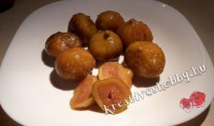 Gyümölcstorta: lecsepegtetjük a gyümölcsöt