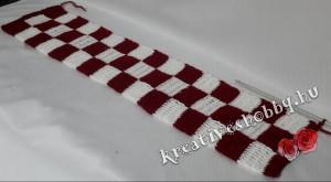 Bordó-fehér tuniszi kockás sál: a kockaminta
