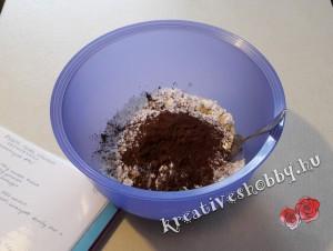 Fekete-fehér keksztekercs: kimérjük a hozzávalókat