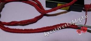 Horgolt kábelvédelem: a kábel behorgolása