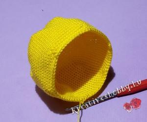 Horgolt tojásban-a-csibe: a csibe feje