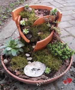 Tündérkert: a növények beültetése és a kavics-lépcsők
