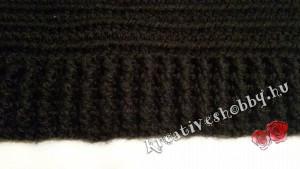 Horgolt pulóver szegélye: első és hátsó reliefek felváltva