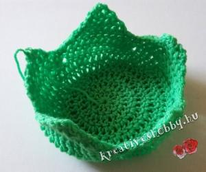 Horgolt epres hálózsák: a csészelevelek