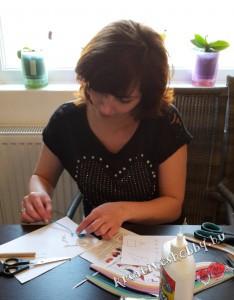 Szülinapi meghívó: kvilling-lufikat készítünk