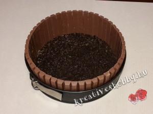 Fagyi torta: Kit Kat-kerítés és oreo-alap