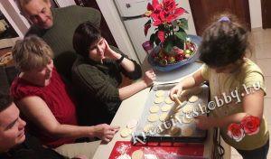 Fahéjas sütipecsétes keksz: kekszpecsételünk :-)