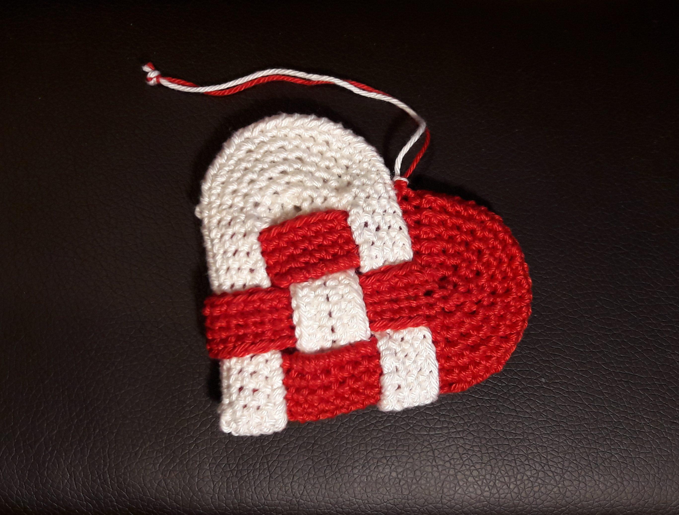 Horgolt dán szív - Kreatív+Hobby Alkotóműhely 79d8076dbf