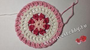 Horgolt mandala: rózsaszín körök