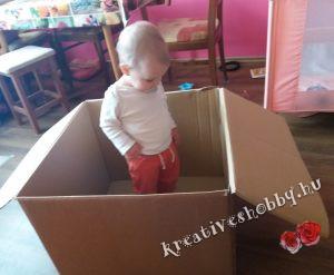 Unikornis-piñata: a kartondoboz és a segítségem, Emili