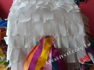 Unikornis-piñata: a farka