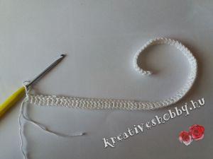 Horgolt rózsás nyakék: a lánc alapja